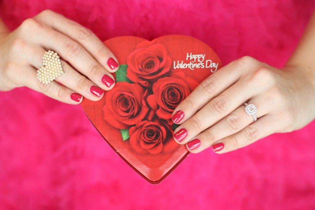 Valentinstag - Geldgrab oder wichtiger Feiertag - Zahlen, Daten, Fakten 2020